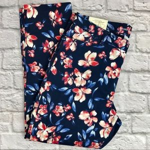 Gap Khakis Floral Chino Blue Pink Cropped Size 10